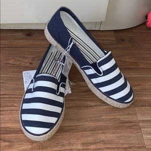 Esmara striped casual shoe US size 8.5